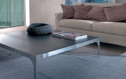 Legami dining table